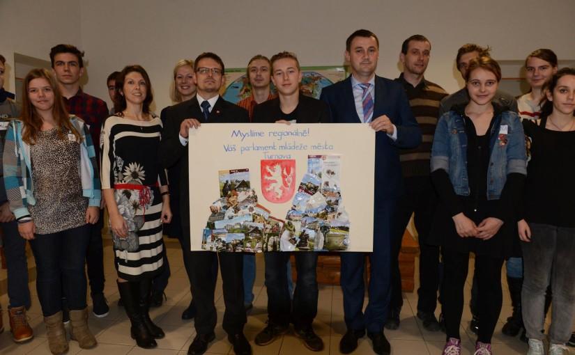 Znovu obnovení parlamentu mládeže města Turnov